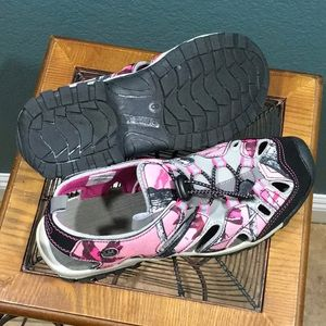 Northside Shoes - Northside Closed Toe Water Sport Sandals Size 8